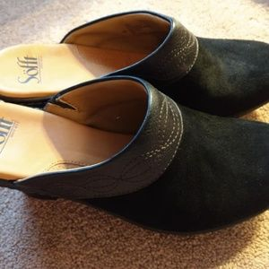 Sofft    Black Suede and Leather Mules